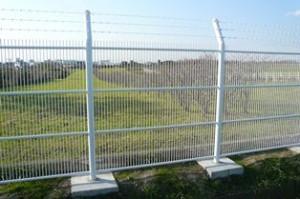 侵入防止フェンス(標準仕様品) 【格子間隔=@40mm】