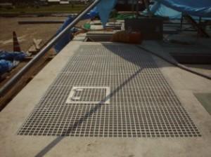 FRPグレーチング蓋の施工事例